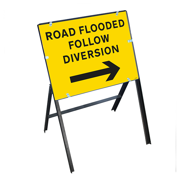 Road Flooded Follow Diversion Arrow Right with Stanchion Frame